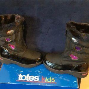 NWT girls black snow boots Totes Kids 11M